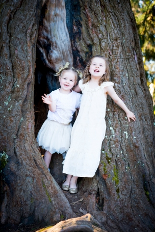 Sisters natural portraiture