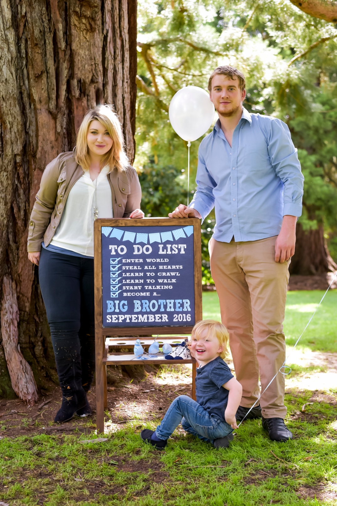 maternity photography by Alex Pallett in Buninyong